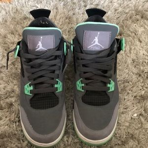4fbc58005c12 Shoes - Glow in the Dark Air Jordan 4 s